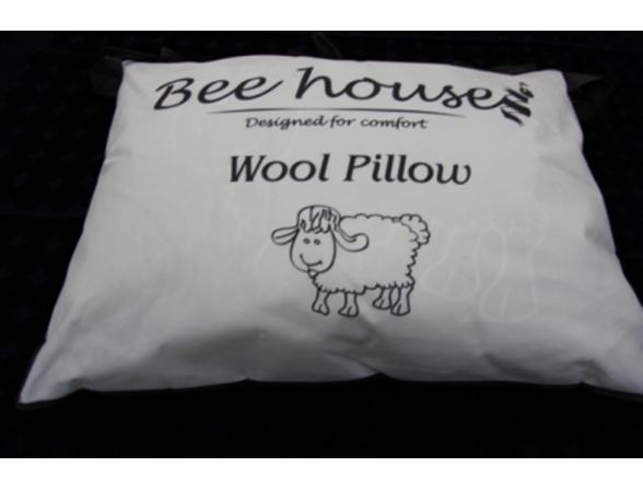Подушка Bee House овечья 50х70