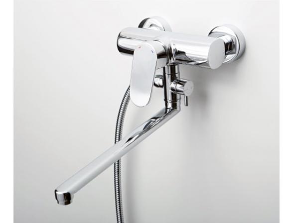 Смеситель для ванны с длинным поворотным изливом WasserKRAFT Donau 5302L