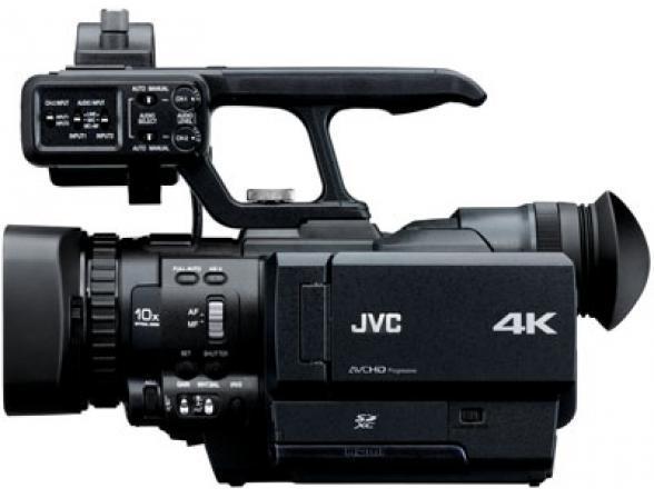 Видеокамера JVC GY-HMQ10