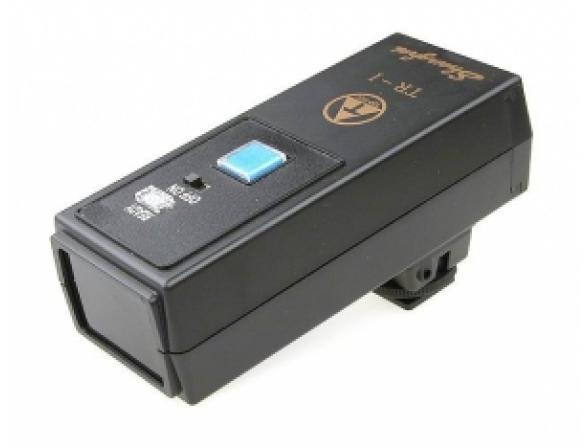 Инфракрасный синхронизатор FALCON EYES TR-1 беспроводной передатчик для вспышек (трансмиттер TR1)