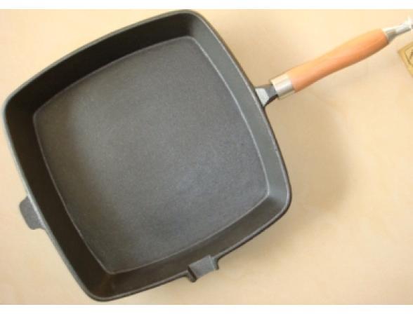 Сковорода SHENGRI SR014 28х28см