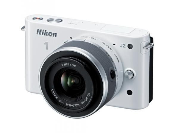 Цифровой фотоаппарат Nikon 1 J2 kit 10–30mm VR White