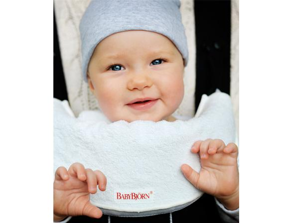 Нагрудник BabyBjorn Bib for Baby Carrier (для рюкзаков-переносок Baby Carrier и Baby Carrier Comfort)