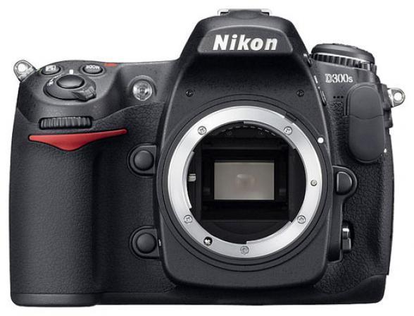Зеркальный фотоаппарат Nikon D300S Body