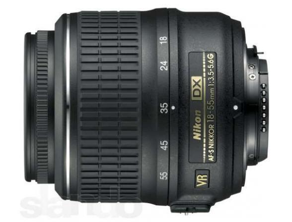 Объектив Nikon 18-55mm f/3.5-5.6G AF-S VR
