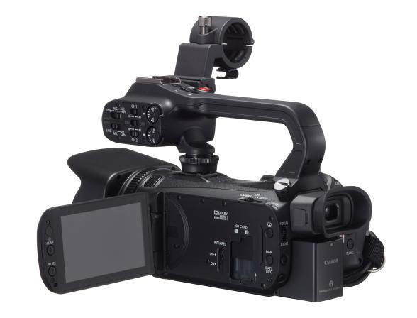 Видеокамера Canon XA20*