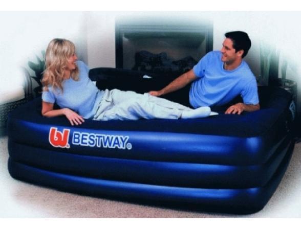 Кровать надувная со встроенным насосом Bestway Premium Air Bed  67110