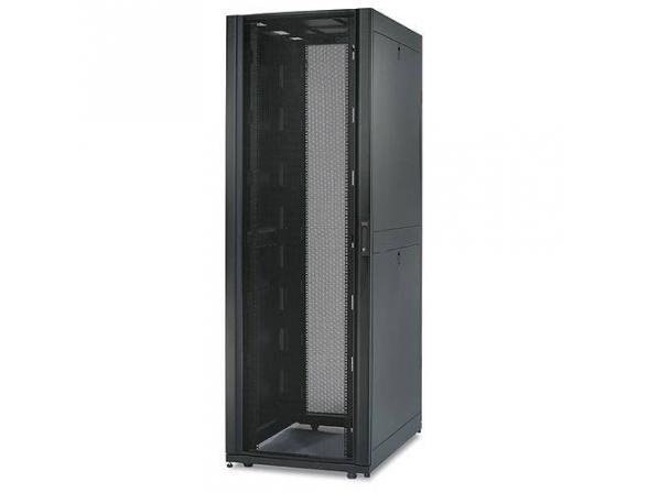 Стоечный шкаф APC NetShelter SX 42U 750mm Wide x 1070mm Deep Enclosure with Sides Black