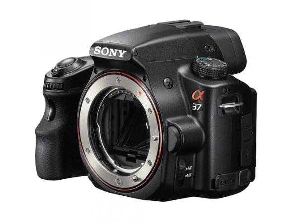 Зеркальный фотоаппарат Sony Alpha SLT-A37M Kit 18-135