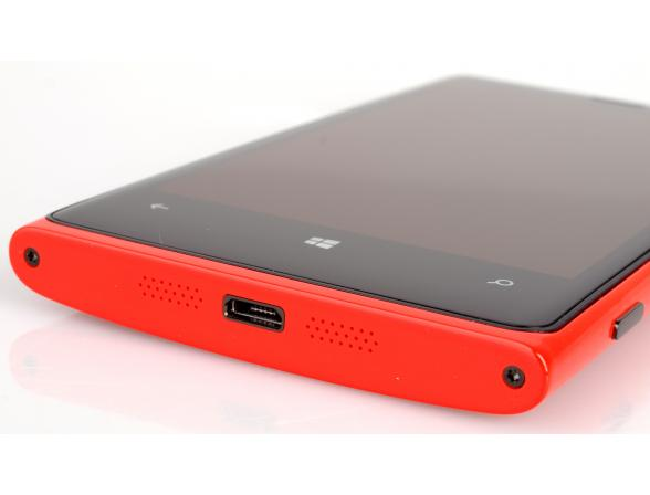 Смартфон Nokia Lumia 920 Red