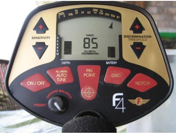 Металлоискатель Fisher F-4