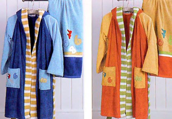 детские халатики и полотенца