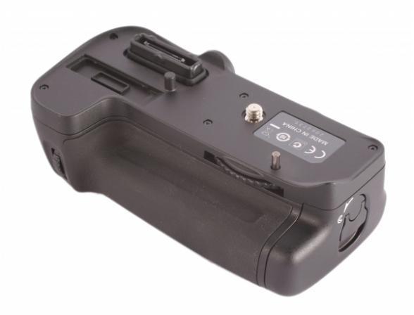 Батарейная ручка Nikon MB-D11