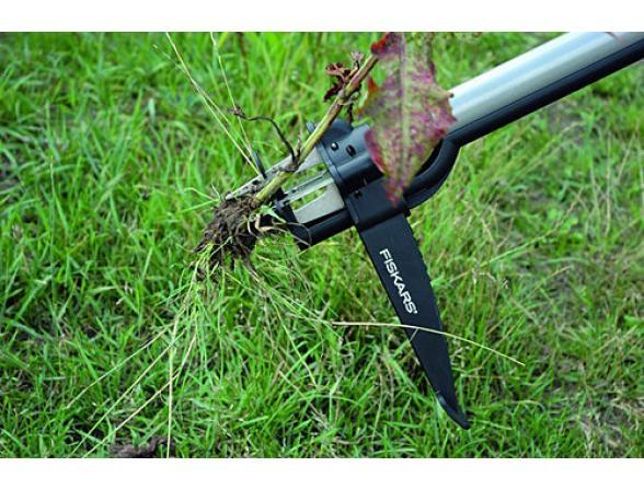 Грабли для удаления сорняков телескопические Fiskars 139920