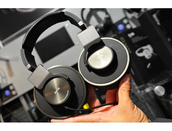 Профессиональные Hi-Fi наушники AKG K 550