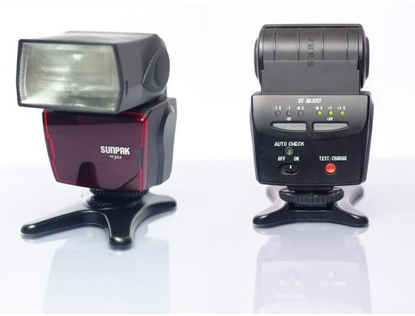 Вспышка Sunpak PF30X for Canon