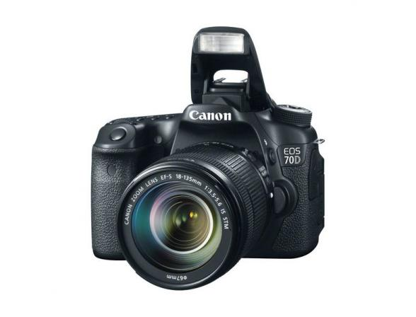 Зеркальный фотоаппарат Canon EOS 70D Kit 18-135 IS STM