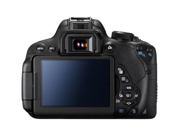 Зеркальный фотоаппарат Canon EOS 700D Kit 18-55 IS II
