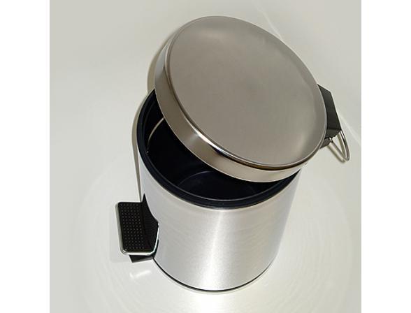 Ведро для мусора с педалью WasserKRAFT К-633 3 л