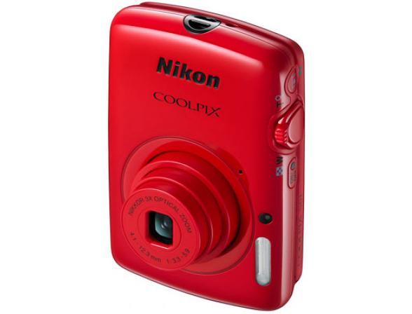 Цифровой фотоаппарат Nikon Coolpix S01