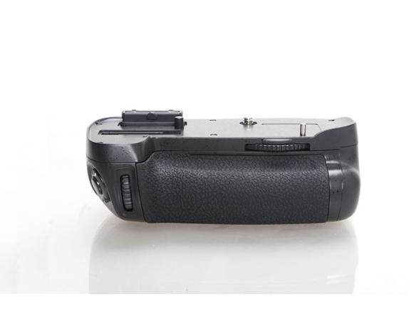 Батарейная ручка Phottix BG-D600