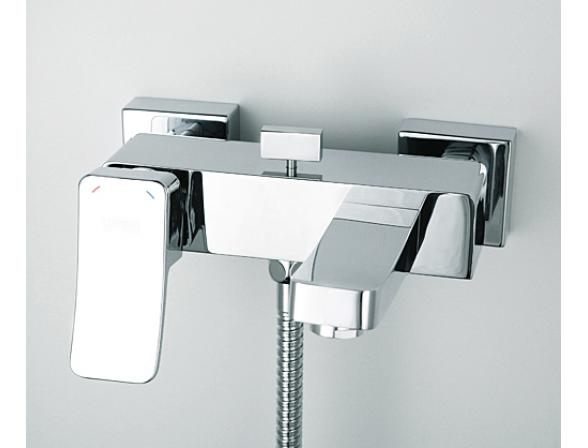 Смеситель для ванны с коротким изливом WasserKRAFT Aller 1061